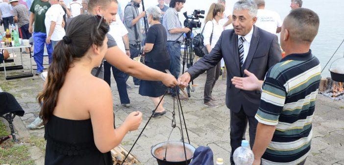 """Zlatni kotlić Dunava"" na 49. Gročanskim svečanostima"