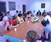 Секретар Секретаријата за образовање и дечију заштиту Славко Гак са општинским руководством и Саветом родитеља из Бегаљице