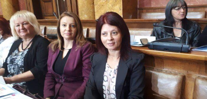 """Шеста Национална конференција Женске парламентарне мреже """"Жене граде будућност"""""""